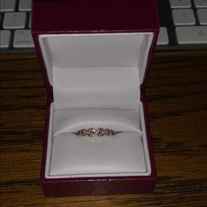 14k White Diamond Gold Infinity Ring